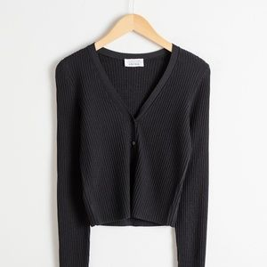 Ribbed Knit Cropped Cardigan